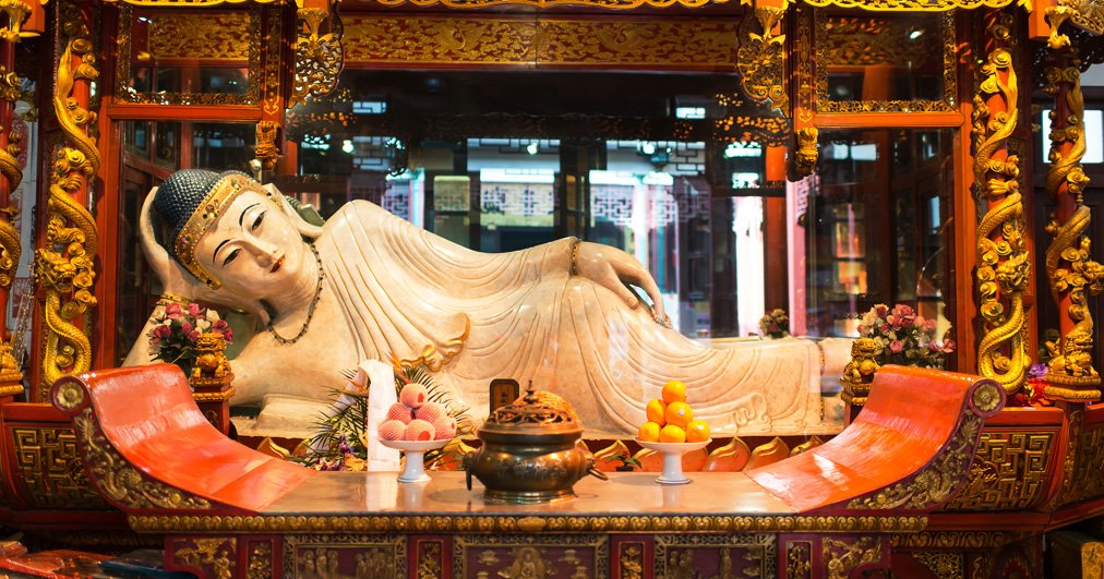 Top-10-des-lieux-atypiques-a-Shanghai-buddha-Chinevoyages